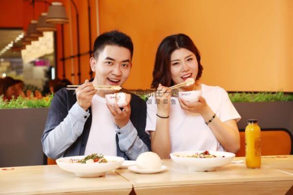 如何避免天津酸菜鱼米饭加盟店不利因素