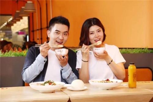 鱼你在一起下饭酸菜鱼带给消费者好的用餐体验